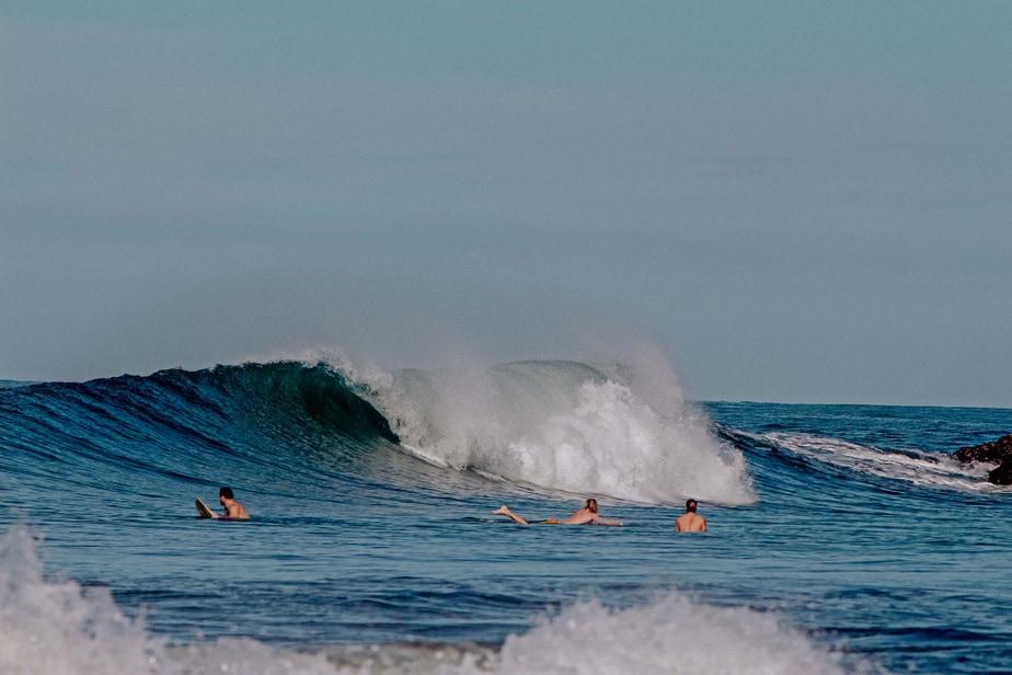 guys surfing in el transito leon nicaragua nimbu surfhouse